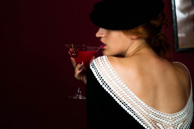 【キャバ嬢・ラウンジ嬢必見!】お酒が飲めなくても稼ぐ方法